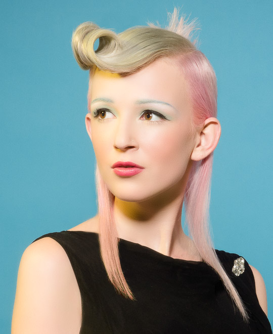 Learn an advanced Steel and Pastel Pigments Hair Colour