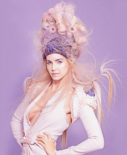 Deceptive Beauty Avant-Garde Hairstyle - Part 1